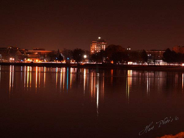 <b>Submitted By:</b> Randal S Hart <b>From:</b> traverse city <b>Description:</b> west bay at night...