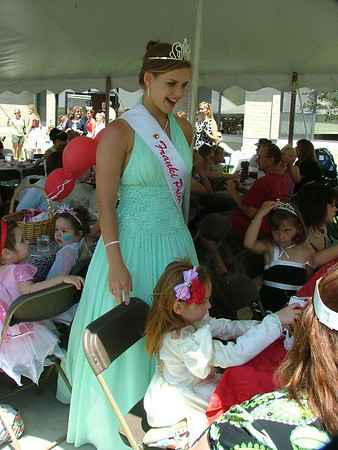 <b>Submitted By:</b> Diane Budzynowski <b>From:</b> Traverse City <b>Description:</b> Princess Tea on July 6th, 2009.