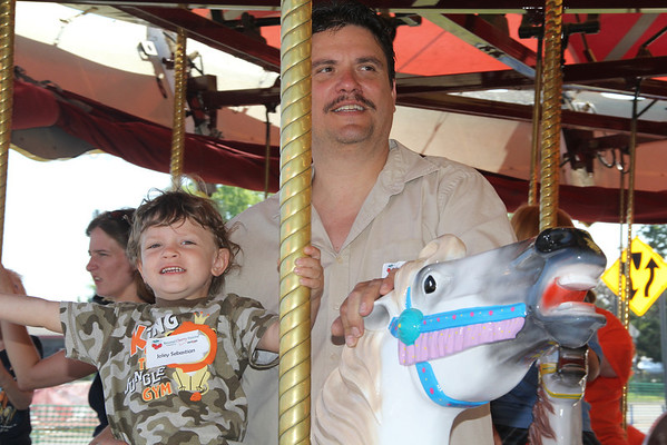 "<span style=""display:none"">Email: kimberlynewslady@yahoo.com</span> <b>Submitted By:</b> Kimberly Purdy <b>From:</b> Traverse City <b>Description:</b> A father of a special child enjoy Special Kids Day as much as his son!"