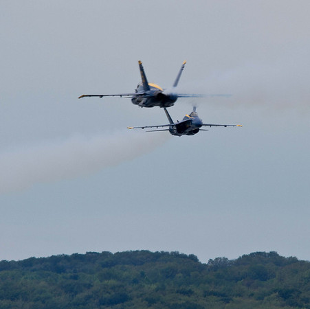 <b>Submitted By:</b> Peggy  Zinn <b>From:</b> Traverse City <b>Description:</b> Blue Angels Soloists