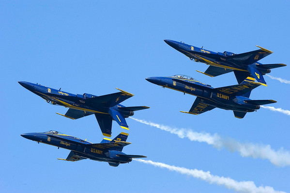 "<span style=""display:none"">Email: behavmed@sbcglobal.net</span> <b>Submitted By:</b> Terry M. Dickson <b>From:</b> Traverse City <b>Description:</b> Blue Angels- Sunday, July 4th, 2010"