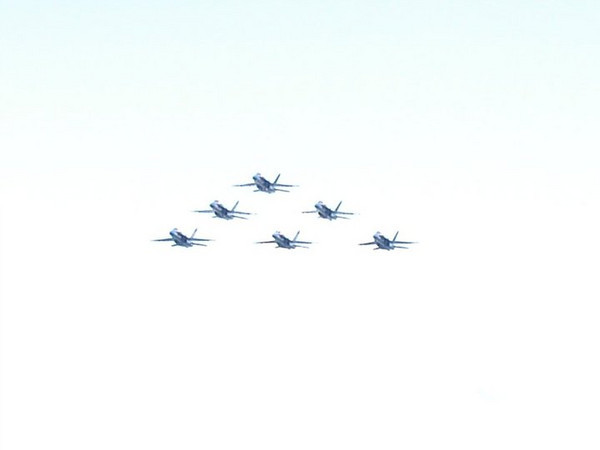 "<span style=""display:none"">Email: fireradioguy1983@yahoo.com</span> <b>Submitted By:</b> justin hawkins <b>From:</b> traverse city michigan  <b>Description:</b> THE UNTIED STATES NAVY BLUE ANGELS IN THE DELTA FORMATION  TAKEN JULY 3RD  WEST GRAND TRAVERSE BAY"