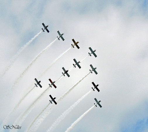 <b>Submitted By:</b> Susan Niles <b>From:</b> Traverse City, MI <b>Description:</b> Air Show at 2011 National Cherry Festival