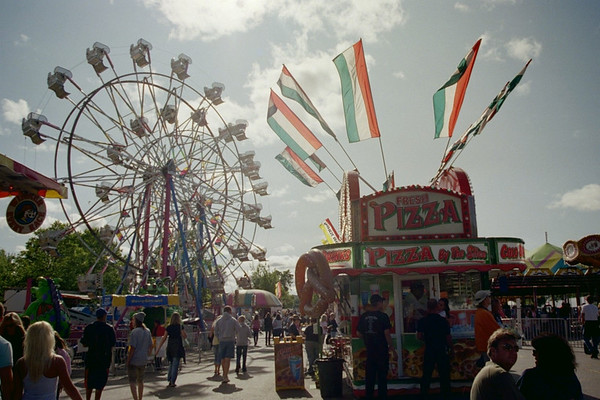 <b>Submitted By:</b> MOLLY CARROLL SHUGART <b>From:</b> TRAVERSE CITY <b>Description:</b> CHERRY FESTIVAL, MIDWAY5 2009