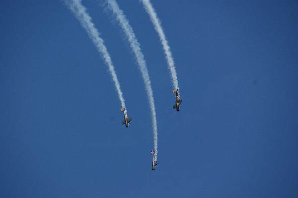 "<span style=""display:none"">Email: webemccrackens@aol.com</span> <b>Submitted By:</b> Dianna McCracken <b>From:</b> Royal Oak, MI <b>Description:</b> Airshow - Taken 7-3-11 @ open Space"