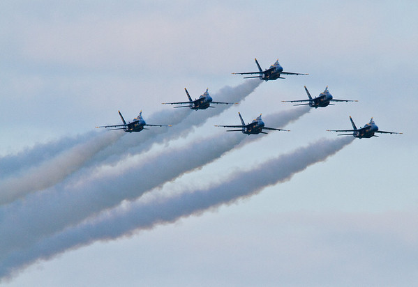<b>Submitted By:</b> Peggy Zinn <b>From:</b> traverse city <b>Description:</b> First Blue Angels Pass of 2010