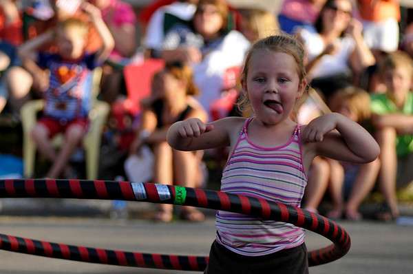 "<span style=""display:none"">Email: NatalieWhite2007@u.northwestern.edu</span> <b>Submitted By:</b> Natalie White <b>From:</b> Traverse City <b>Description:</b> The crowd cheered as one young girl spun her hula hoop down 8th Street during the Junior Royale Parade Thursday night."