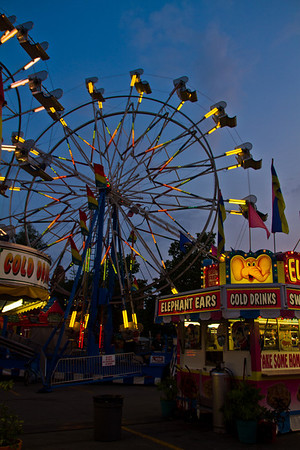 <b>Submitted By:</b> Peggy Sue Zinn <b>From:</b> traverse City <b>Description:</b> Ferris Wheel graces the night time sky, the night before Cherry Festival begins.