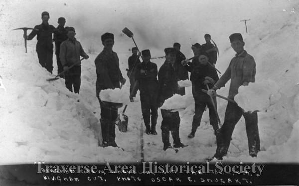 <b>Submitted By:</b> MOLLY CARROLL SHUGART <b>From:</b> TRAVERSE CITY <b>Description:</b> Men working to clear tracks in Bingham, taken by grandfather Oscar Shugart.