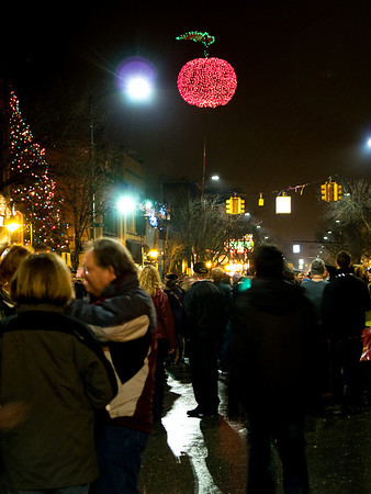 <b>Submitted By:</b> Helen Denoyer <b>From:</b> Traverse City <b>Description:</b> New Years Eve Cherry Drop 2010. Bringing in the New Year.