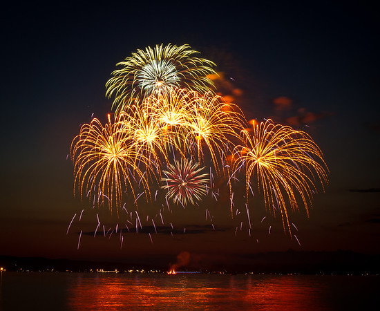 <b>Submitted By:</b> Peggy Sue Zinn <b>From:</b> Traverse City <b>Description:</b> July 4th fireworks