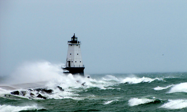 <b>Submitted By:</b> Roger Parkins <b>From:</b> Suttons Bay, MI <b>Description:</b> Ludington lighthouse