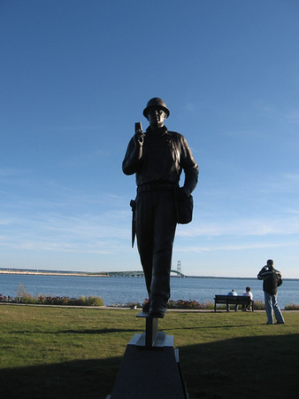 <b>Submitted By:</b> mike dunn <b>From:</b> fife lake <b>Description:</b> the iron worker statue in st ignance at dawn