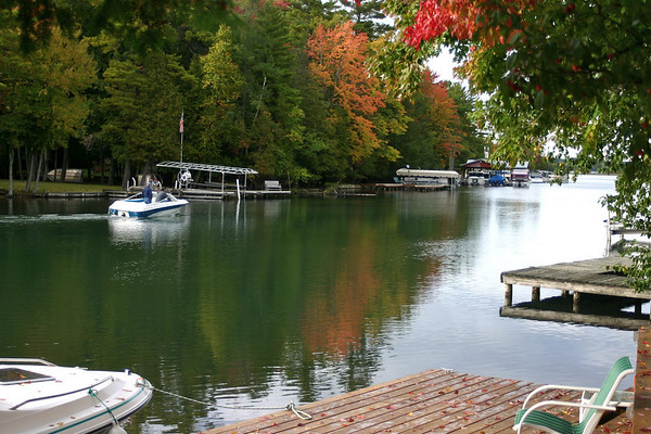 <b>Submitted By:</b> Mark WIdth <b>From:</b> Rapid City <b>Description:</b> Fall boating  - Oct 6, 2009