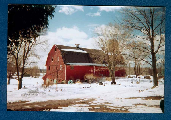 <b>Submitted By:</b> Molly Carroll Shugart <b>From:</b> Traverse City <b>Description:</b> Corrected picture of our barn on Bingham Road.