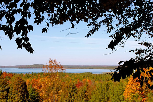 <b>Submitted By:</b> Shannon Woods <b>From:</b> Kalkaska <b>Description:</b> Fall view of Round Lake from M72 in Williamsburg 2011