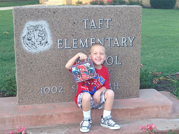 Carters first day of Kindergarten <br /> <br /> Photographer's Name: Bradly Lascewski<br /> Photographer's City and State: Enid, OK
