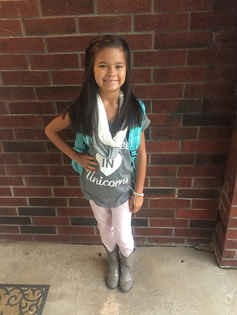 1st day of 3rd grade!<br /> <br /> Photographer's Name: Mandie Koehn<br /> Photographer's City and State: Enid, OK