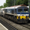 59102 passes Reading West with 6C76 Acton - Whatley