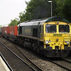 66564 passes Reading West on 4O54 Leeds - Southampton