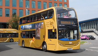 217 - SN11BVY - Reading (railway station)