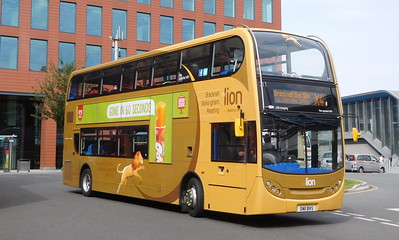 211 - SN11BVS - Reading (railway station)