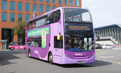 219 - SN61BAA - Reading (railway station)