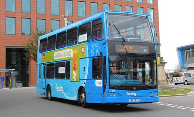 846 - YN57FXF - Reading (railway station)