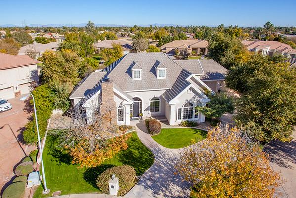 Chelsea Manor  &467 Rita  Lane