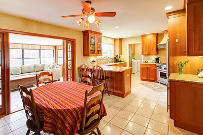 Carpinteria home kitchen