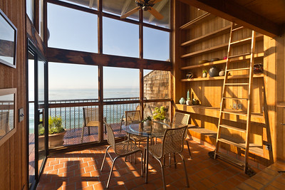 Ocean front home dining room