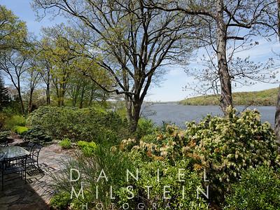 125 River Rd 12