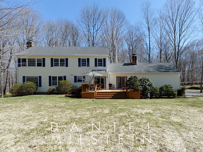 67 Indian Hill Rd 06