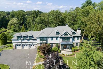 8 Castle Brooke Rd 17