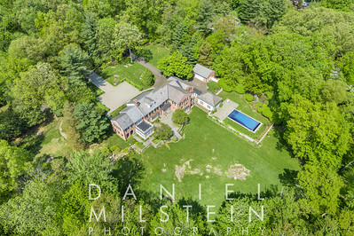 85 Round Hill Rd aerial 09