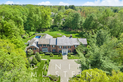 85 Round Hill Rd aerial 01