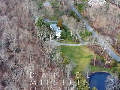 15 Heathcote Dr aerial 03