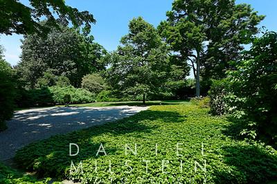 28 Matthiessen Park 38