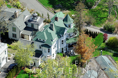 118 Park Ave aerial 07