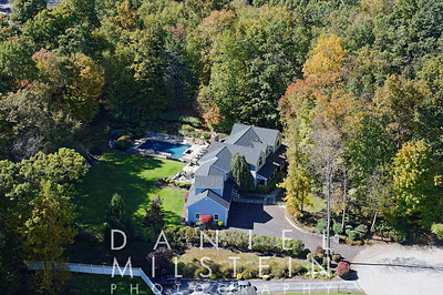 19 Wooded Way aerial 16