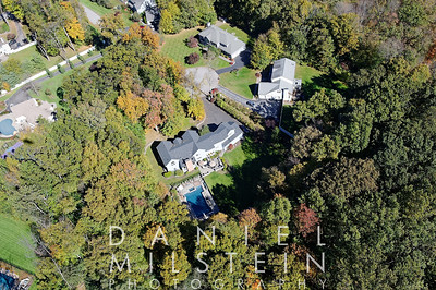 19 Wooded Way aerial 03