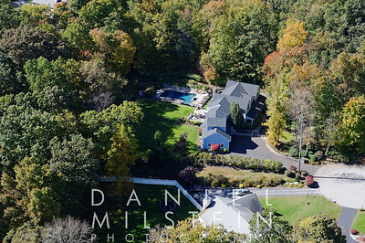 19 Wooded Way aerial 05