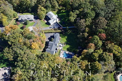 19 Wooded Way aerial 02