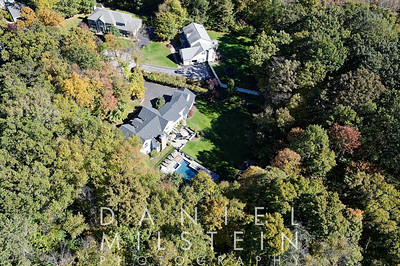 19 Wooded Way aerial 10