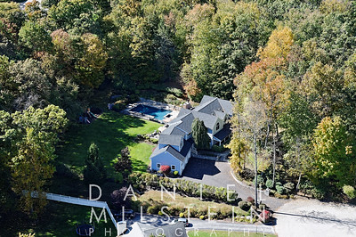 19 Wooded Way aerial 17