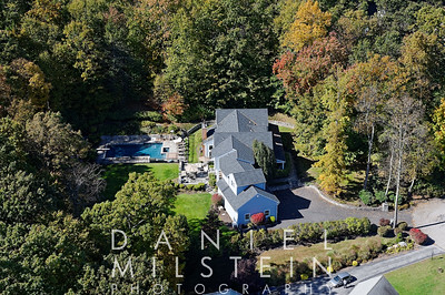 19 Wooded Way aerial 15
