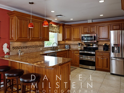 20 Hilltop Dr 25 kitchen