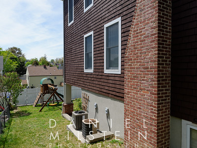 38 Rockland Ave 06
