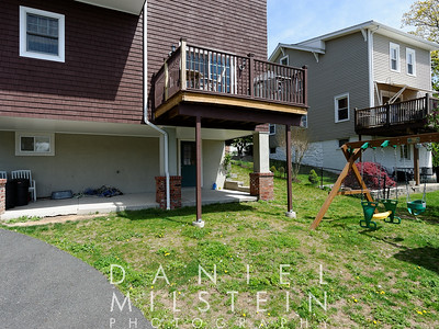 38 Rockland Ave 04