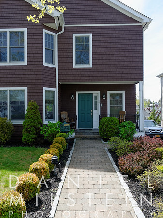 38 Rockland Ave 03